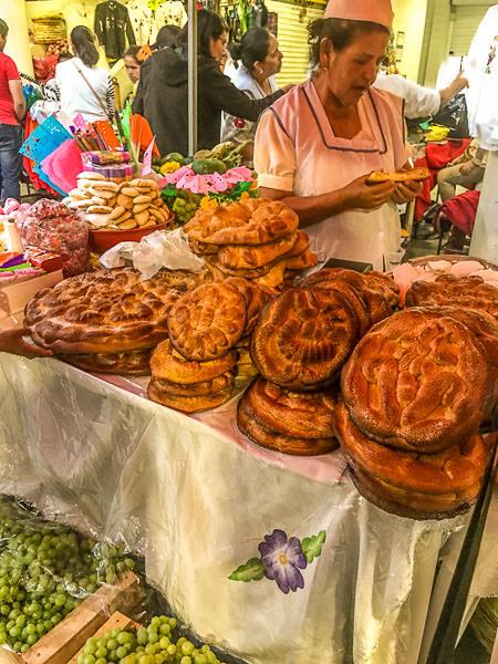 'Tortas' for 'Jueves de Compadres'