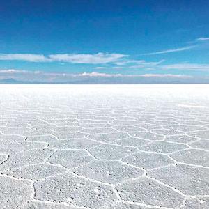 The mesmerizing Salar de Uyuni in Bolivia