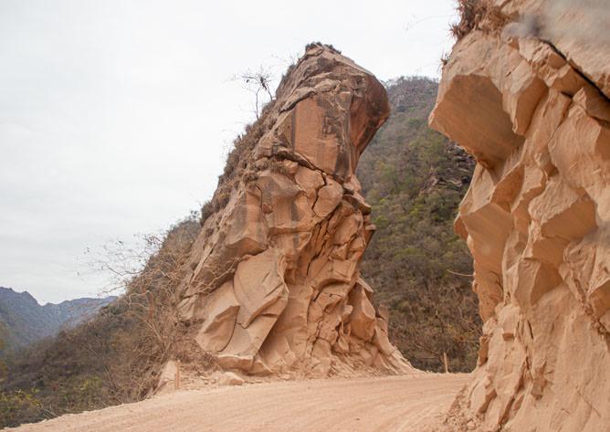 Impressive rocks on each side of the road