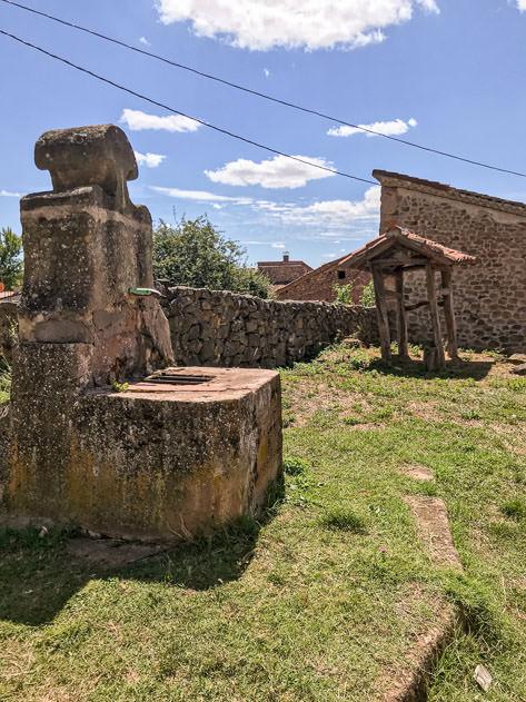 Old fountain in Castrovido