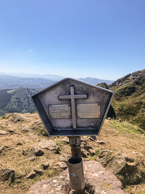 We made it to the top of Irumugarrieta