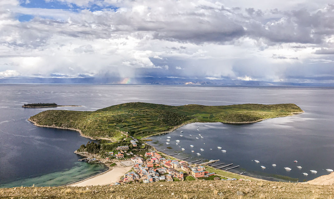 Look at this amazing view of Challapampa in Isla del Sol